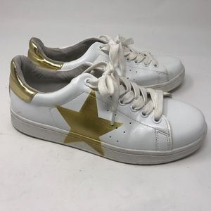 44943c6e17a Steve Madden Shoes - Steve Madden Rayner Gold Star Flatform Sneakers